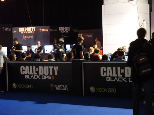 The queue for Call Of Duty was as long as predicted