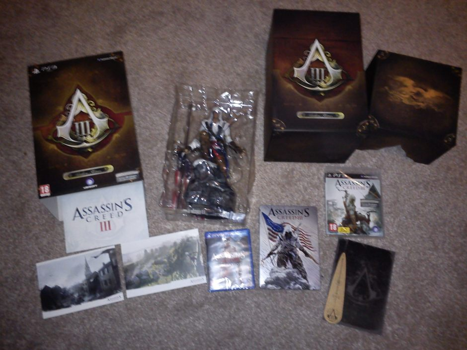 AC3:Freedom Edition: Connor statuette, art cards, presentation box, Steel Book case, Washington's Journal