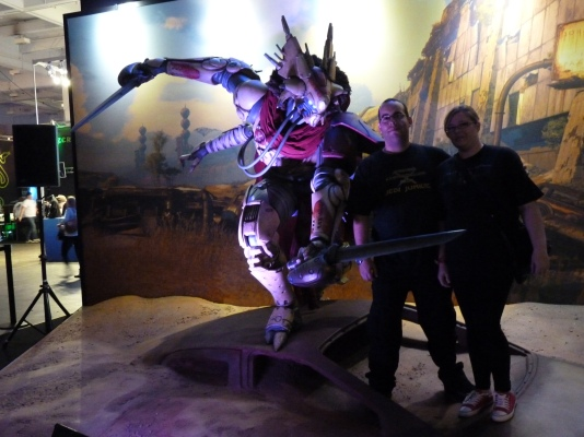Although not playable at the expo, Destiny was there with a cinematic as well as a full size character for photo opportunities
