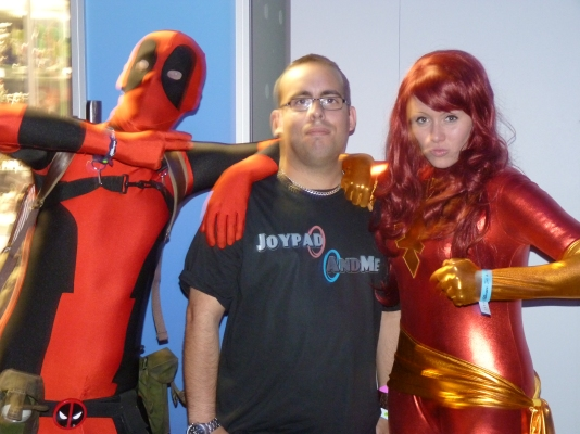Cosplay was in effect at the expo. Phoenix and Deadpool were around causing mayhem